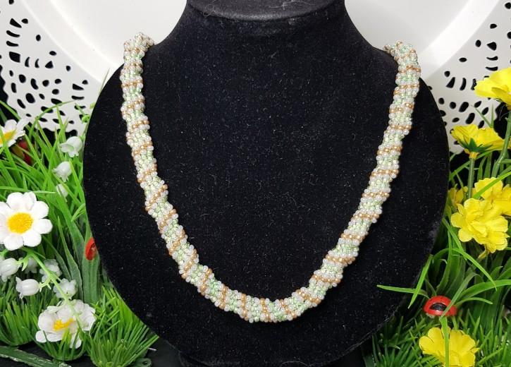 HM - Perlkette mint/weiss/gold